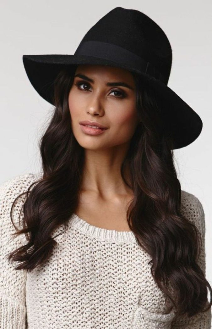 Winter-hats--675x1046 140+ Lovely Women's Outfit Ideas for Winter 2020 / 2021