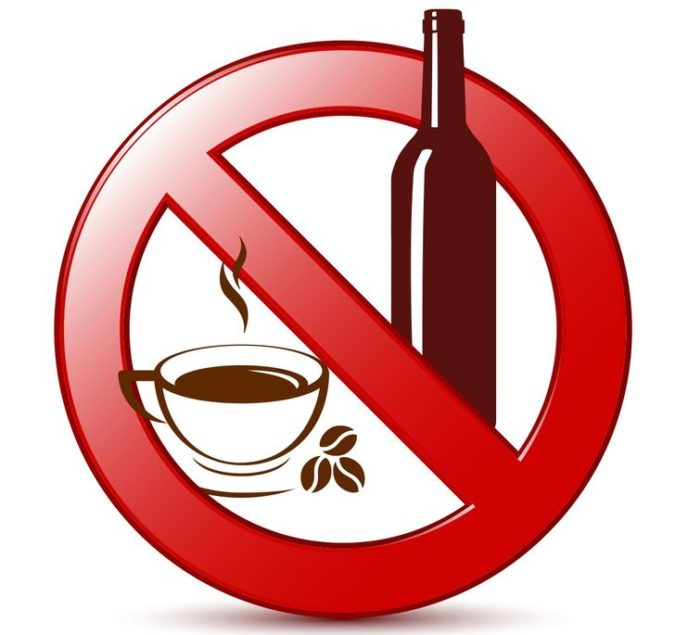 Avoid-Caffeine-and-alcohol-675x635 7 Ways to Stay Hydrated While Hunting