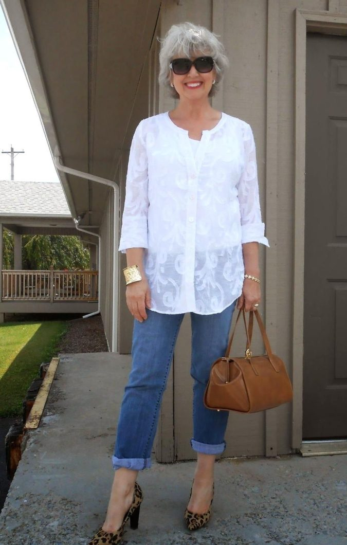 Chic-style-2-675x1060 110+ Elegant Outfit Ideas for Women Over 60