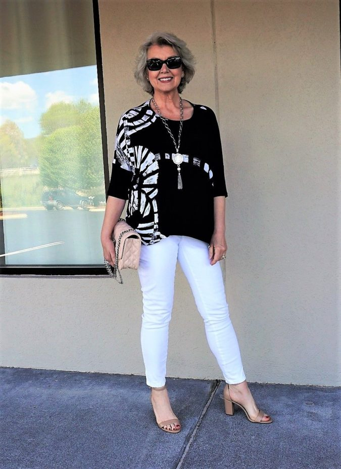Chic-style.-5-675x927 110+ Elegant Outfit Ideas for Women Over 60