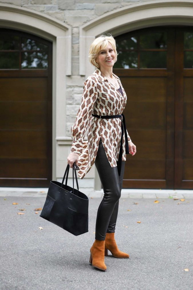 Chic-style...-675x1013 110+ Elegant Outfit Ideas for Women Over 60
