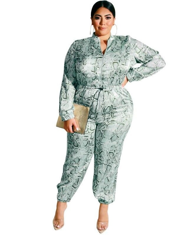 Cute-Jumpsuits.-3 70+ Stylish Plus-Size Fashion Trends in 2021
