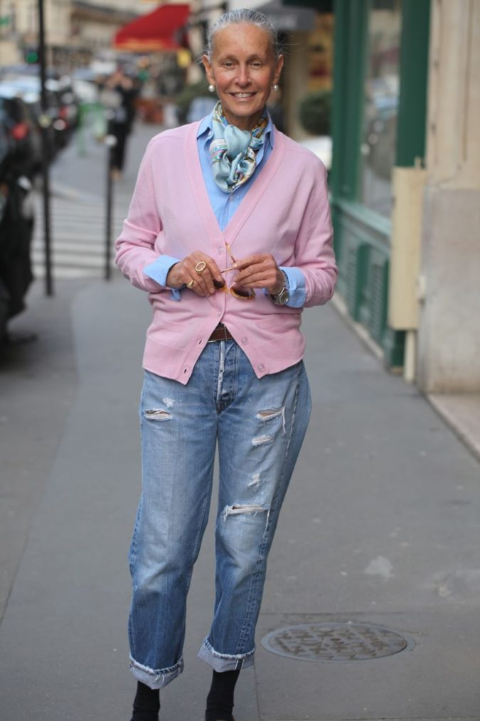 Denim-jean-675x1013 80+ Fabulous Outfits for Women Over 50
