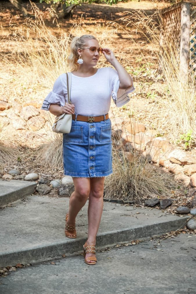 Denim-jean-skirt.-675x1013 80+ Fabulous Outfits for Women Over 50