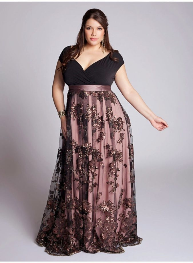 Evening-gown-3-675x920 70+ Stylish Plus-Size Fashion Trends in 2021