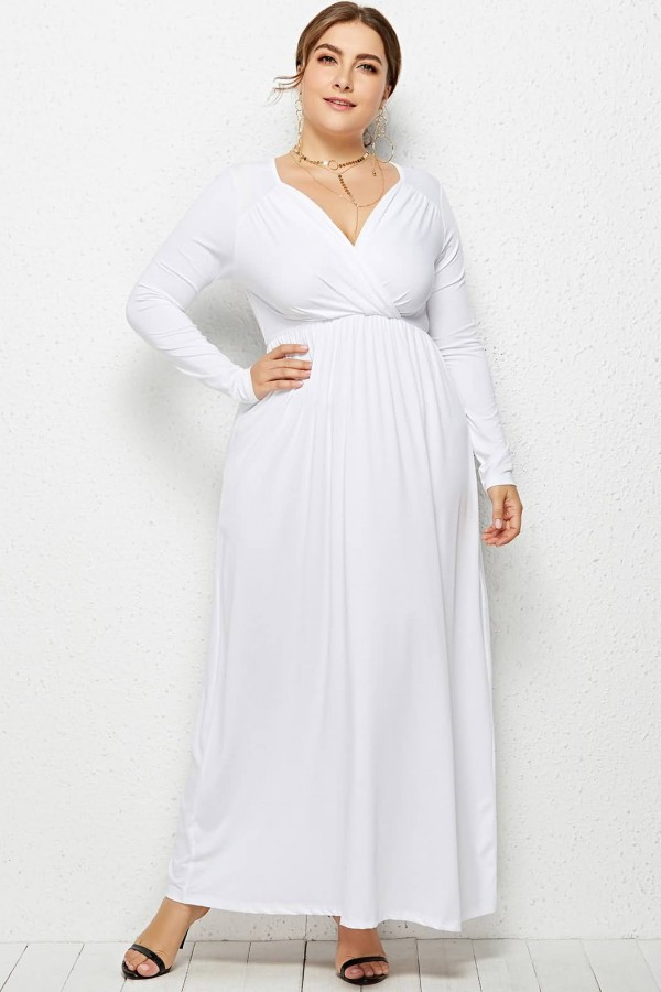 Evening-gown.-1 70+ Stylish Plus-Size Fashion Trends in 2021