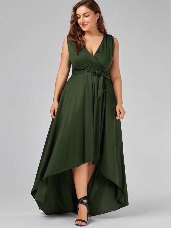 Evening-gown.-2 70+ Stylish Plus-Size Fashion Trends in 2021