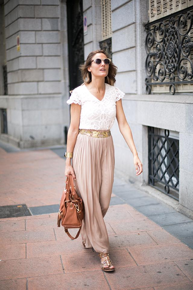 Lace-top-and-skirt 80+ Fabulous Outfits for Women Over 50