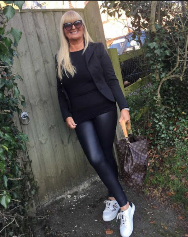 Leggings-and-sneakers 80+ Fabulous Outfits for Women Over 50