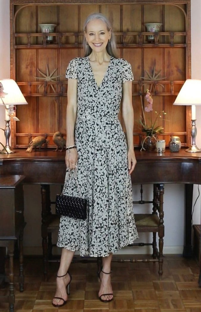 Midi-dress-2-675x1044 80+ Fabulous Outfits for Women Over 50