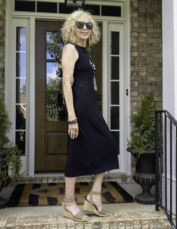 Midi-dress.-2-675x876 80+ Fabulous Outfits for Women Over 50