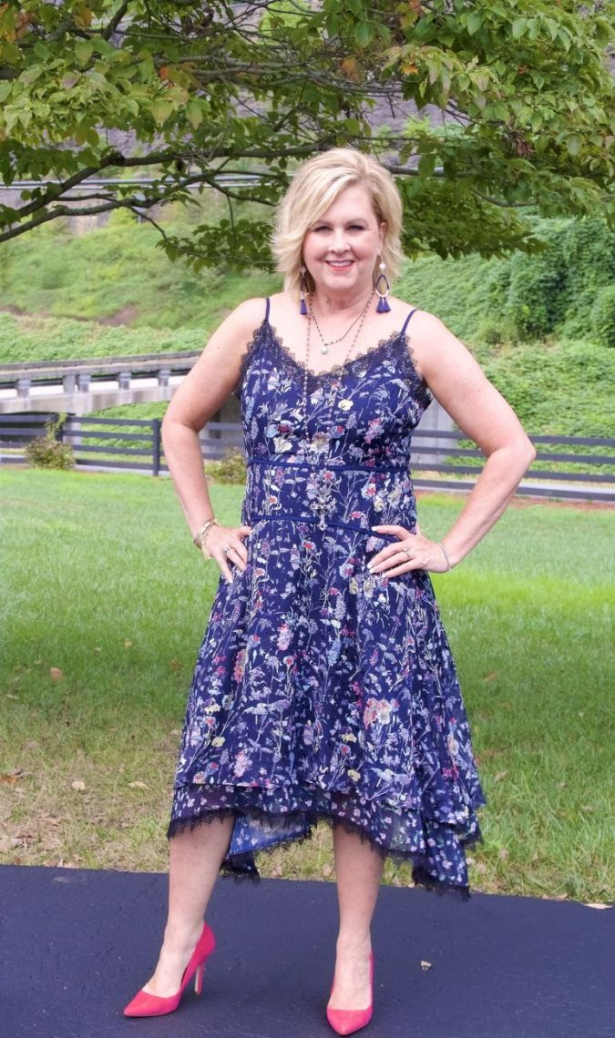 Midi-dress.-675x1140 80+ Fabulous Outfits for Women Over 50