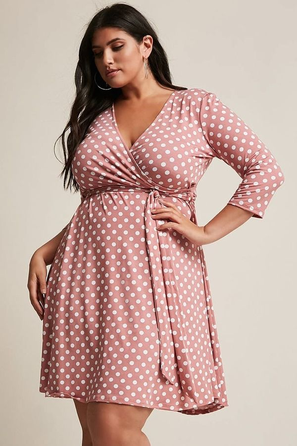 Polka-dot-dress-2 70+ Stylish Plus-Size Fashion Trends in 2021