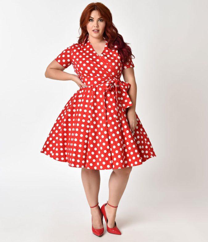Polka-dot-dress-675x786 70+ Stylish Plus-Size Fashion Trends in 2021