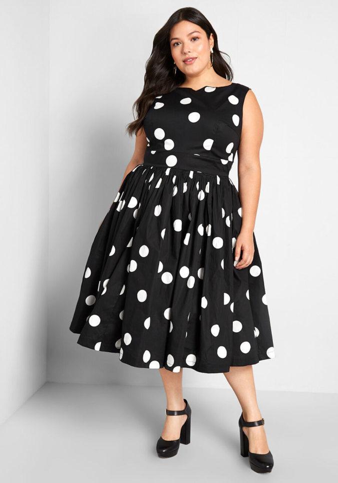 Polka-dot-dress.-675x964 70+ Stylish Plus-Size Fashion Trends in 2021