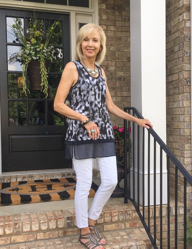 Sleeveless-top-675x872 80+ Fabulous Outfits for Women Over 50