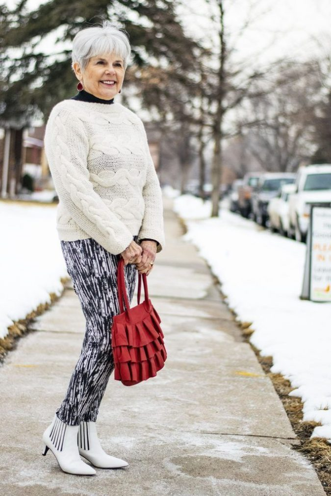 Sweater-and-pants-2-675x1012 110+ Elegant Outfit Ideas for Women Over 60