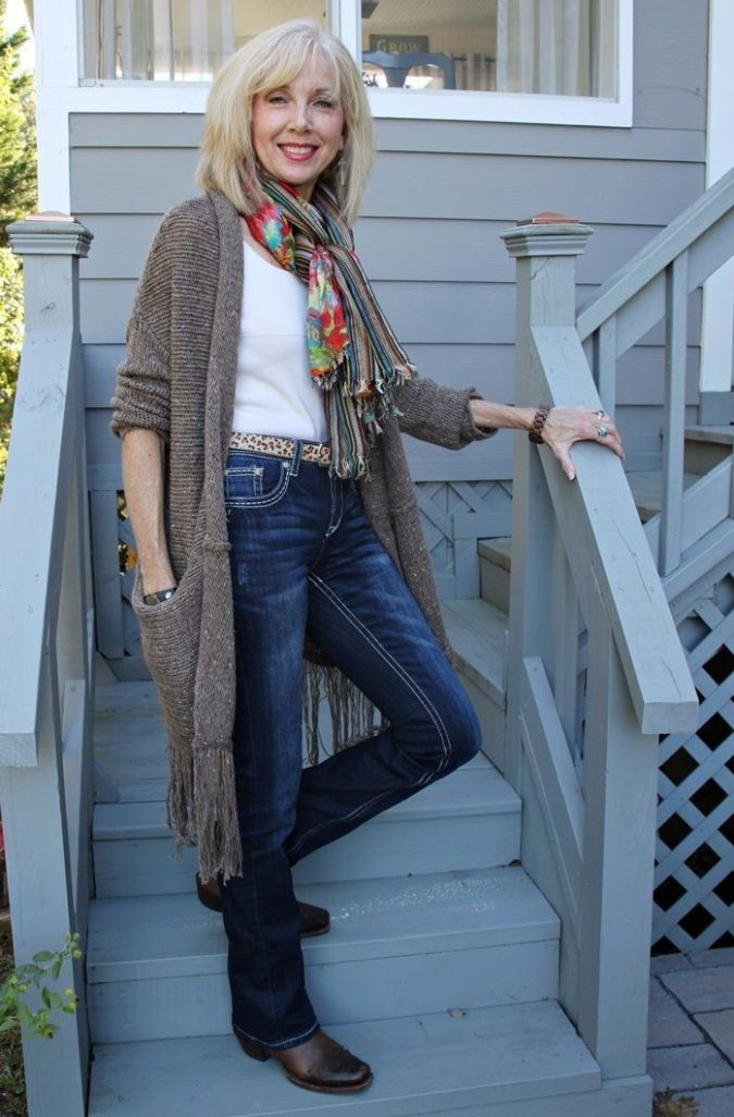 cardigan.-4-675x1026 110+ Elegant Outfit Ideas for Women Over 60