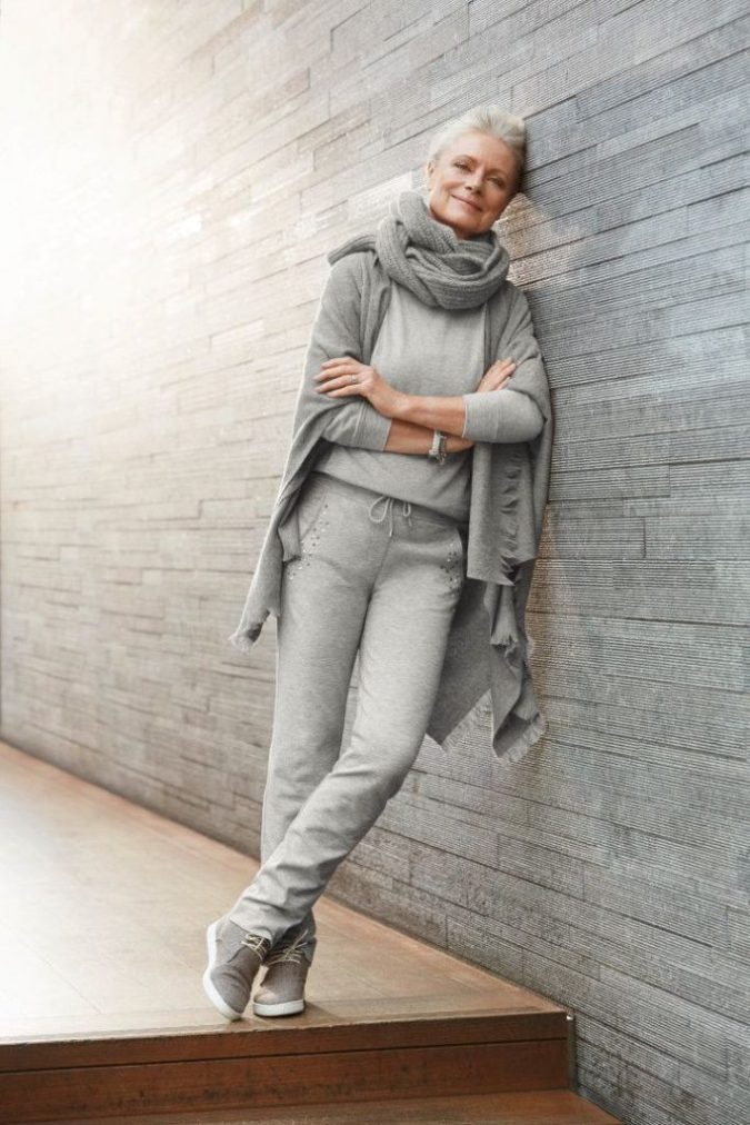casual.-1-675x1012 110+ Elegant Outfit Ideas for Women Over 60