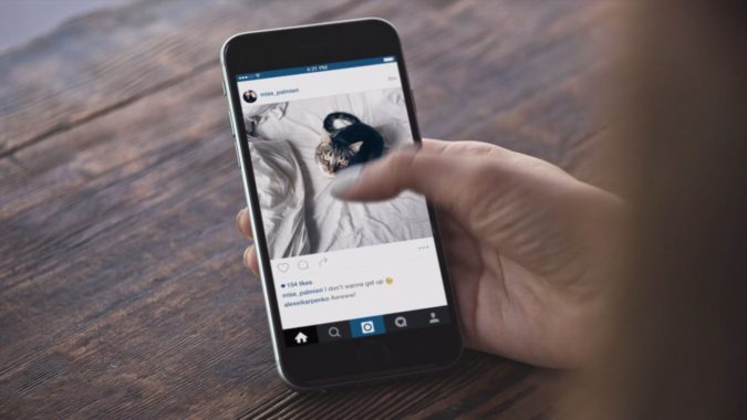 posting-on-instagram-675x380 10 Best Practices to Get More Instagram Likes