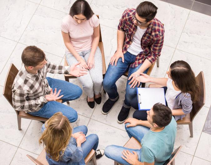 sober-living-group-675x529 6 Relapse Prevention Tips