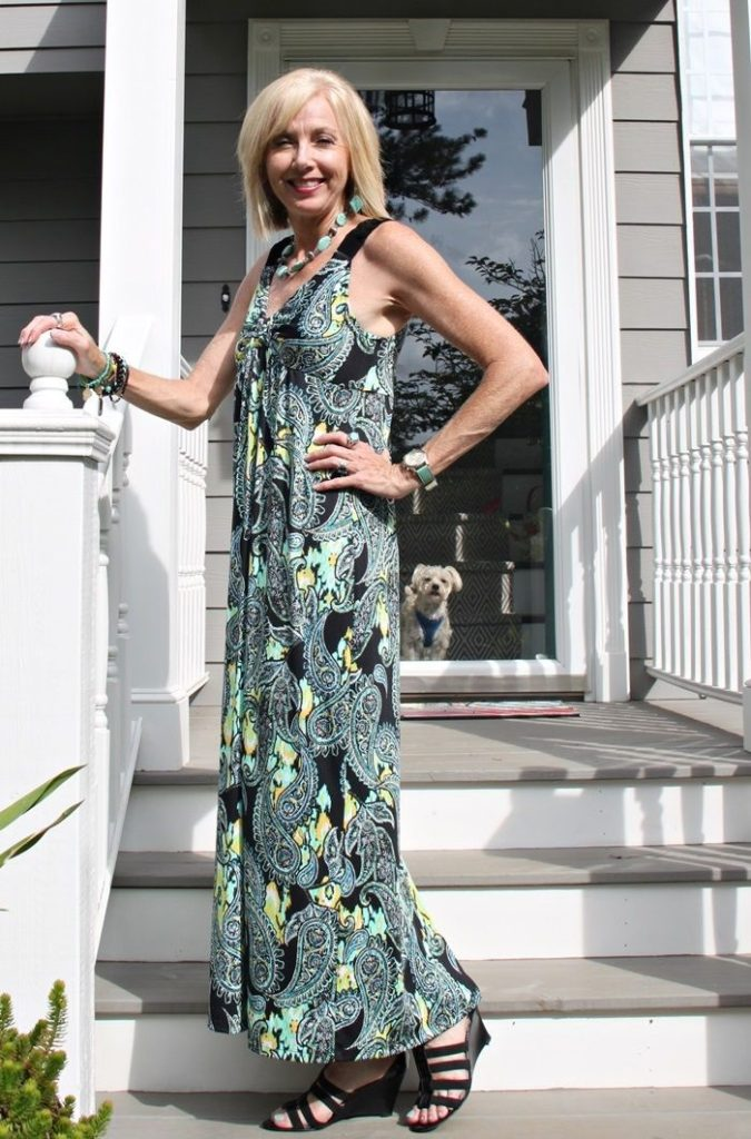 summer-dress-675x1024 80+ Fabulous Outfits for Women Over 50