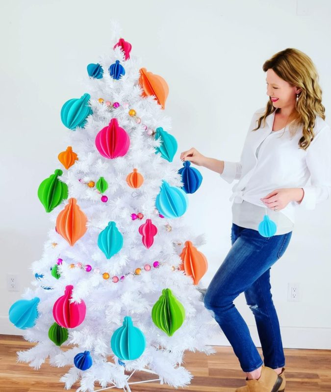 3D-paper-decorations-675x799 60+Untraditional Christmas Decorations to Transform Your Home Look This Year