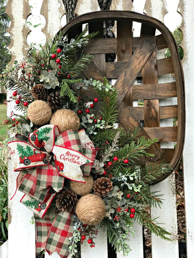 A-vintage-tobacco-basket.-675x900 60+Untraditional Christmas Decorations to Transform Your Home Look This Year