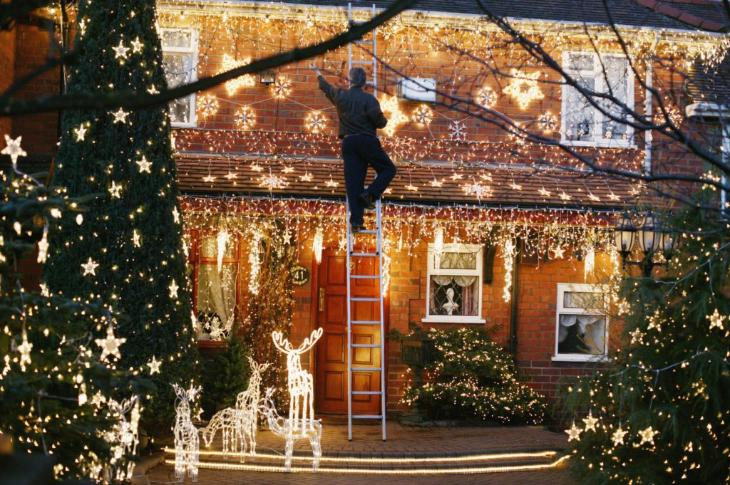 Christmas-decoration-1-1024x681 Let Your Outdoor Area Twinkle by This Year Christmas Lights Decorations