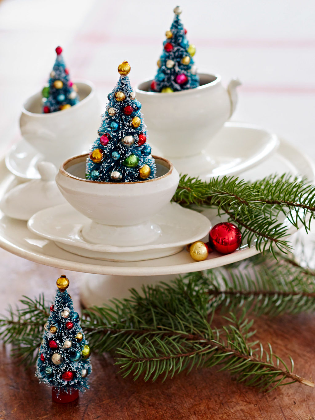 Christmas-decoration-5-1024x1366 How to Bring Joy to Your Home at This Christmas Season