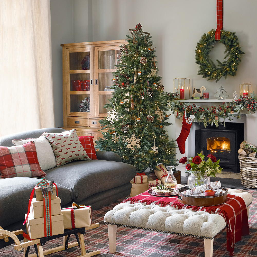 Christmas-decorations.-3 How to Bring Joy to Your Home at This Christmas Season