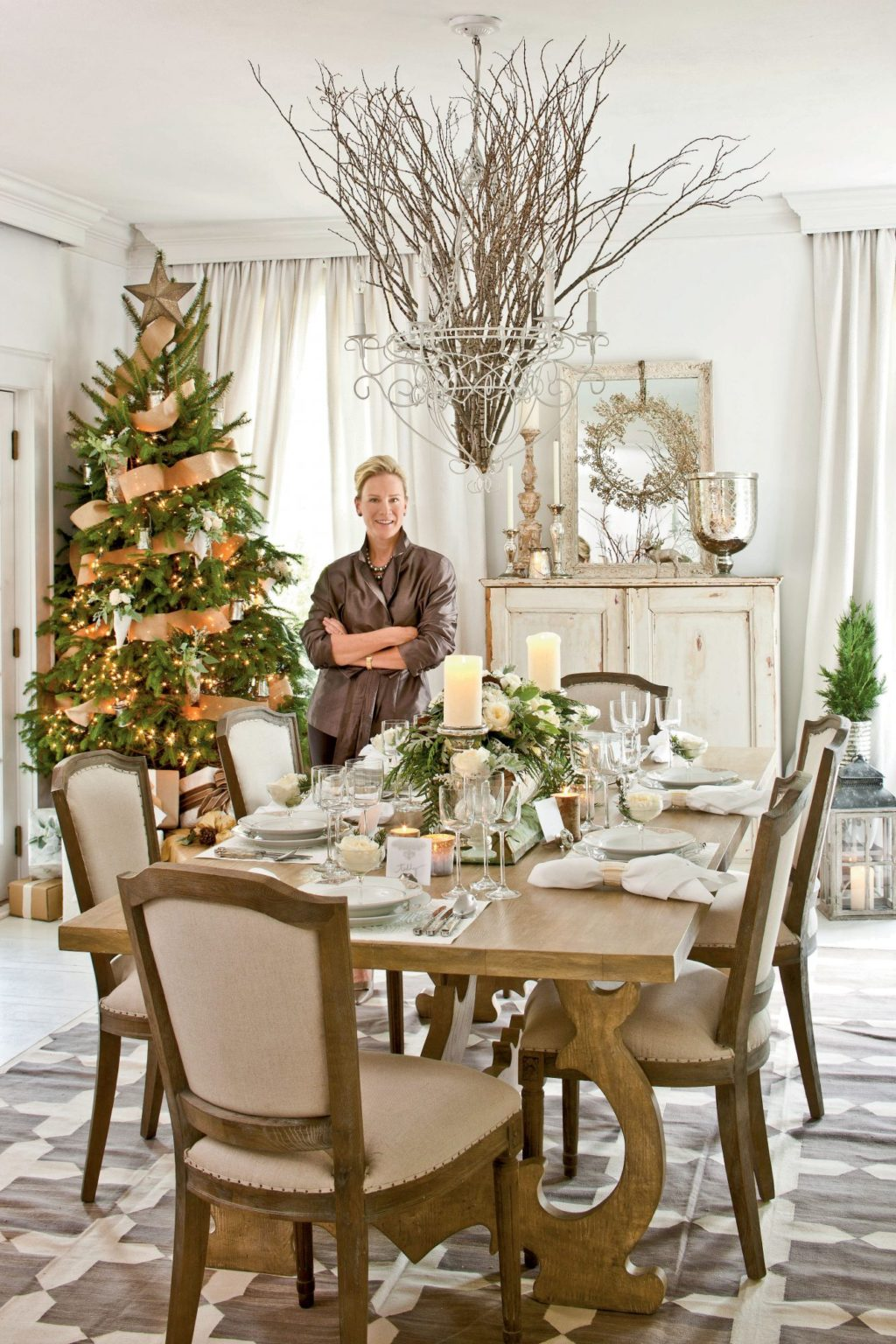 Christmas-decorations..-1-1024x1536 How to Bring Joy to Your Home at This Christmas Season