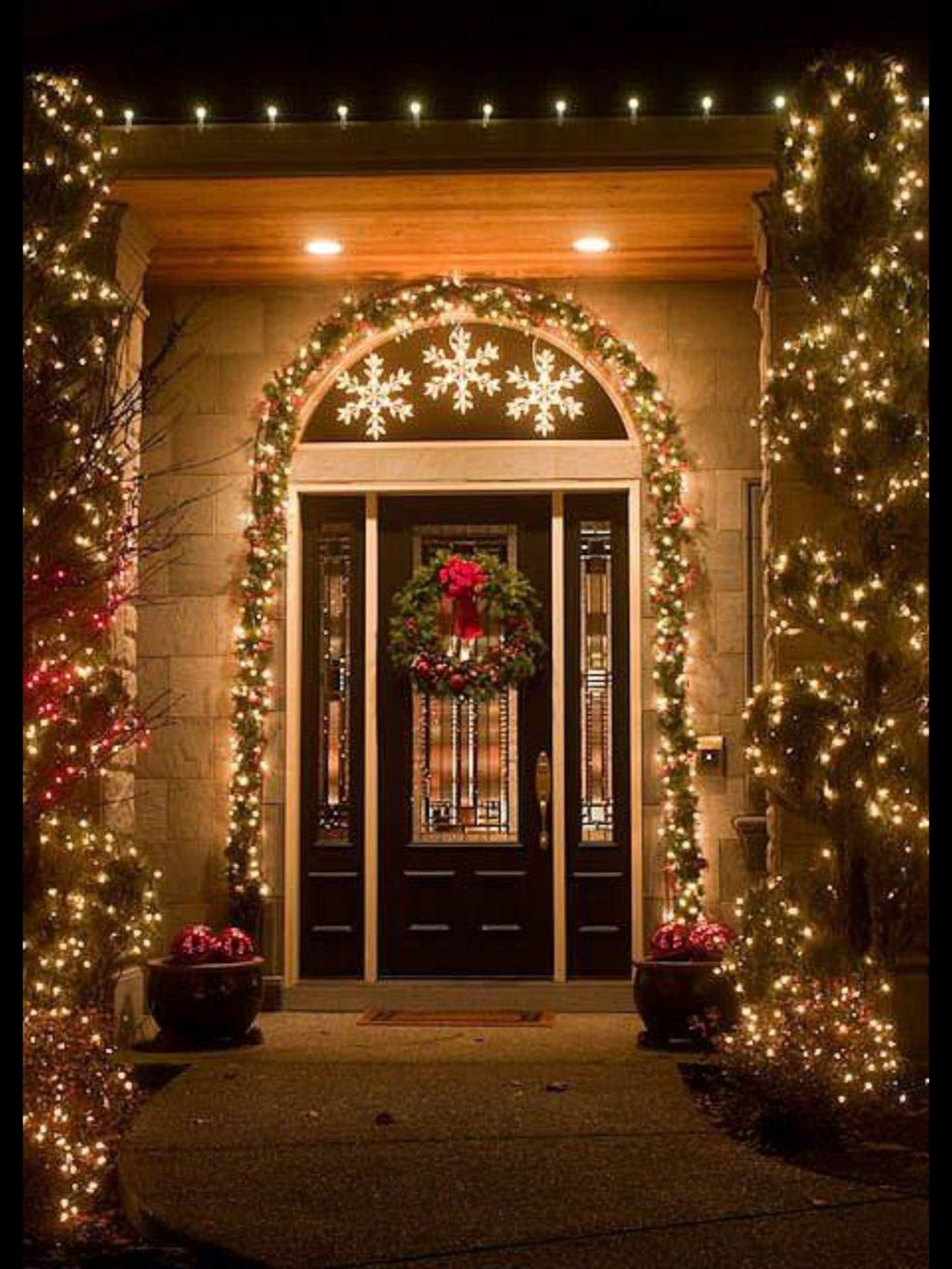 Christmas-light-decoration..-2-1024x1365 Let Your Outdoor Area Twinkle by This Year Christmas Lights Decorations