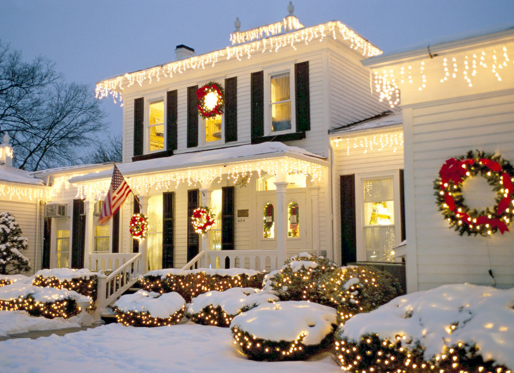 Christmas-light-decorations..-1-1024x744 Let Your Outdoor Area Twinkle by This Year Christmas Lights Decorations