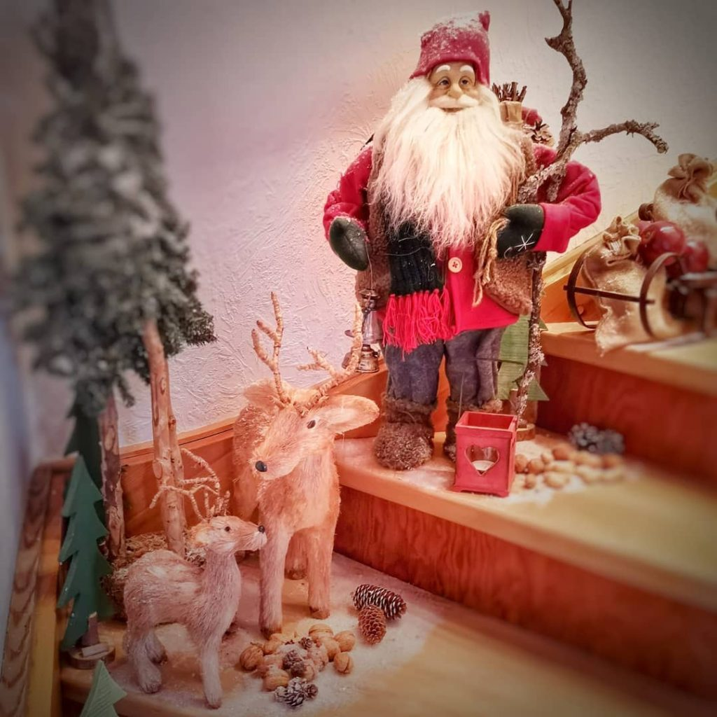 Christmas-toys.-2-1024x1024 How to Bring Joy to Your Home at This Christmas Season