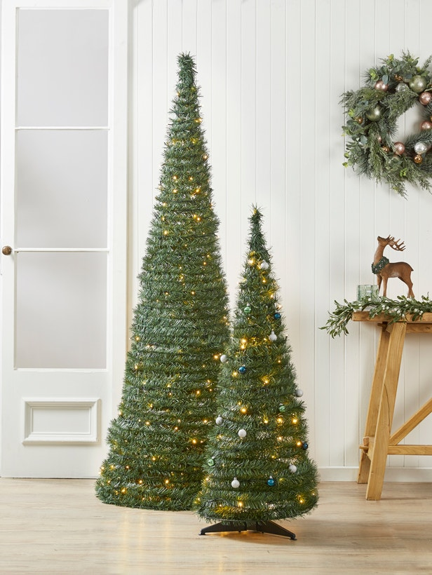 Christmas-tree-3 Master Christmas Tree Decoration by Simple Tips and 50+ Ideas