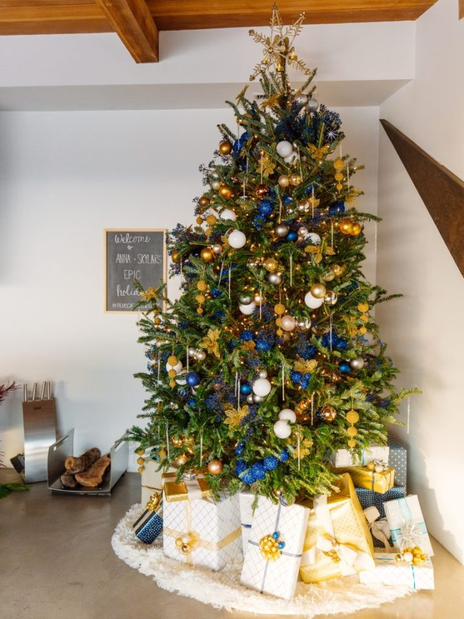 Christmas-tree-Decor-675x900 Master Christmas Tree Decoration by Simple Tips and 50+ Ideas