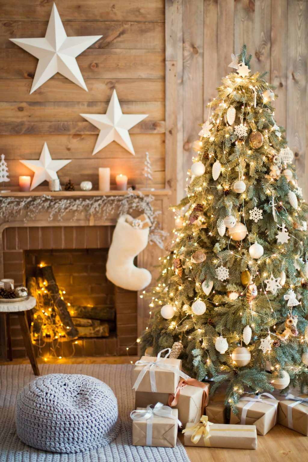 Christmas-tree-Decoration.-1024x1536 Master Christmas Tree Decoration by Simple Tips and 50+ Ideas