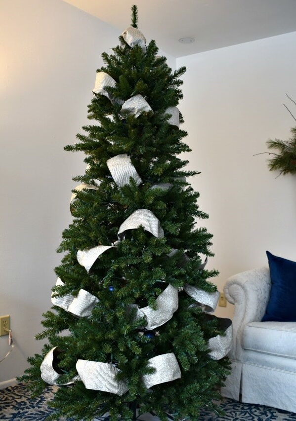 Christmas-tree-Decorations. Master Christmas Tree Decoration by Simple Tips and 50+ Ideas