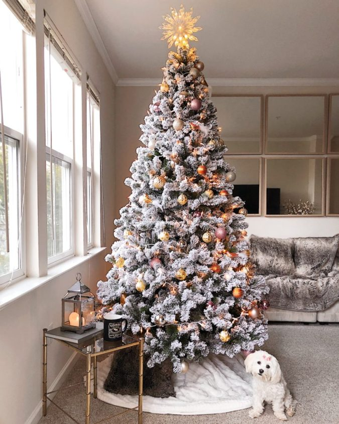 Christmas-tree.-1-675x843 Master Christmas Tree Decoration by Simple Tips and 50+ Ideas