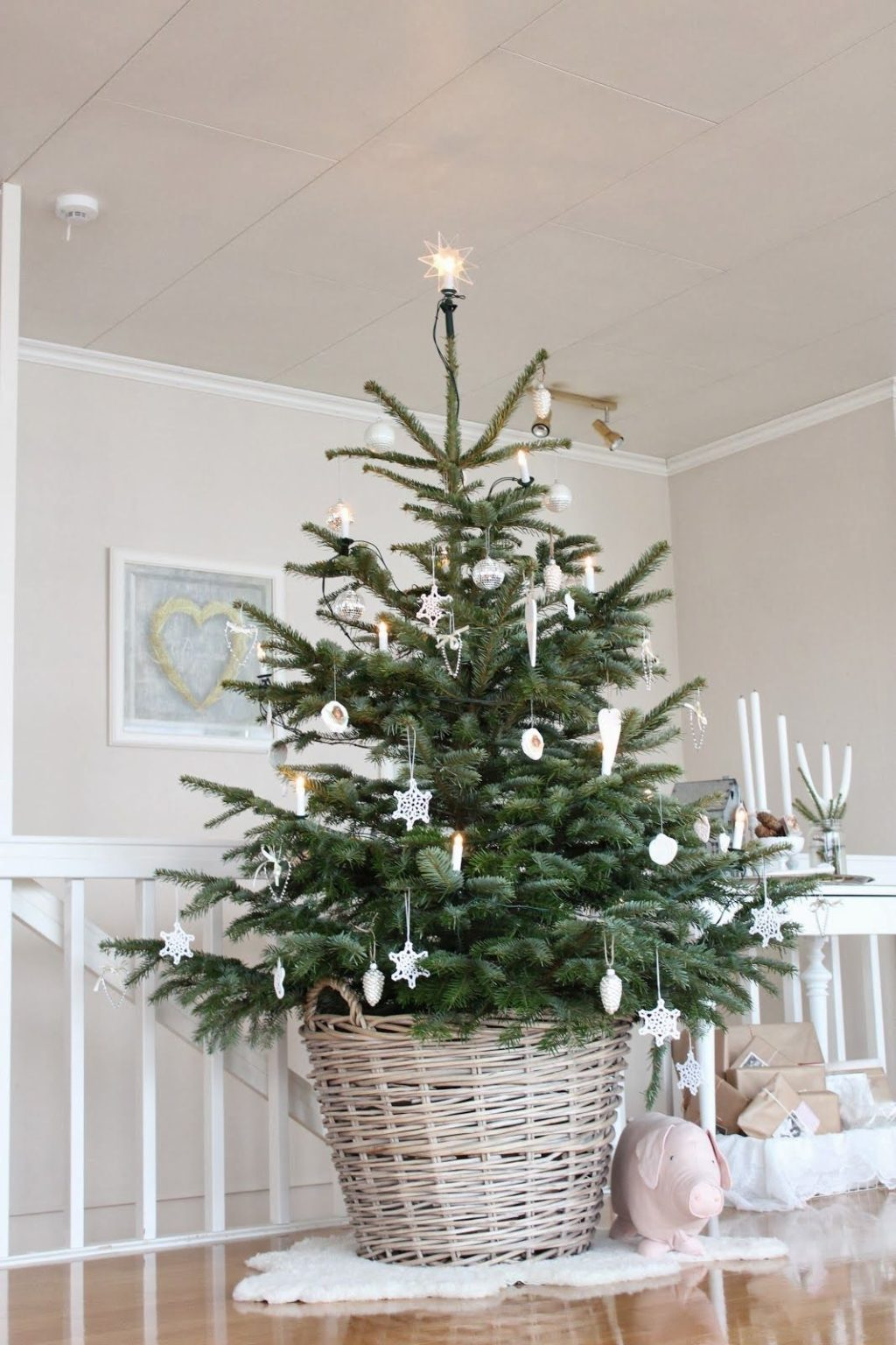 Christmas-tree.-2-1024x1536 Master Christmas Tree Decoration by Simple Tips and 50+ Ideas