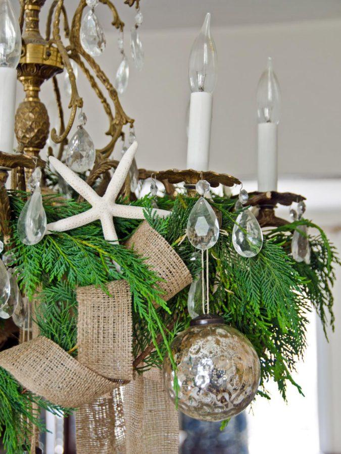 Coastal-Christmas-675x900 Give Your Home a New Festive Christmas with +90 Themes & Ideas