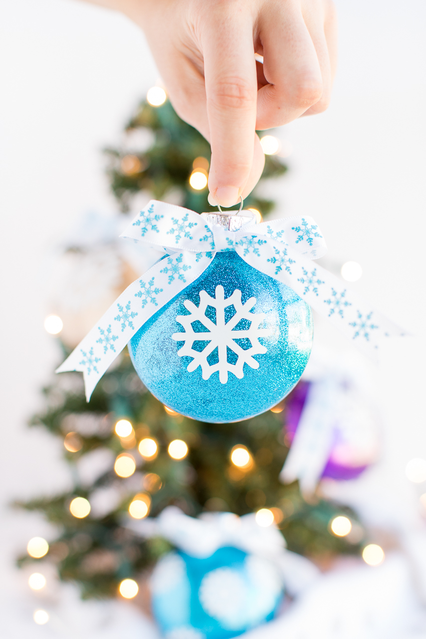 DIY-Christmas-Ornaments-1 70+ Impressive Christmas Decorations to Do Yourself 2020 - 2021