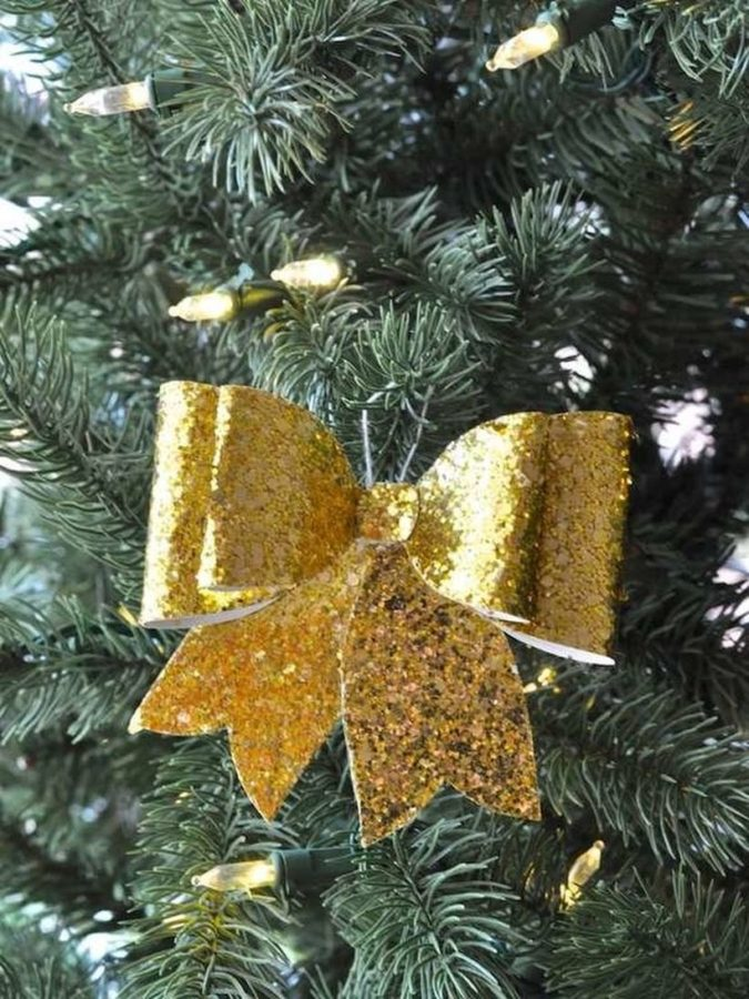 DIY-Christmas-decoration.-1-675x900 70+ Impressive Christmas Decorations to Do Yourself in 2021