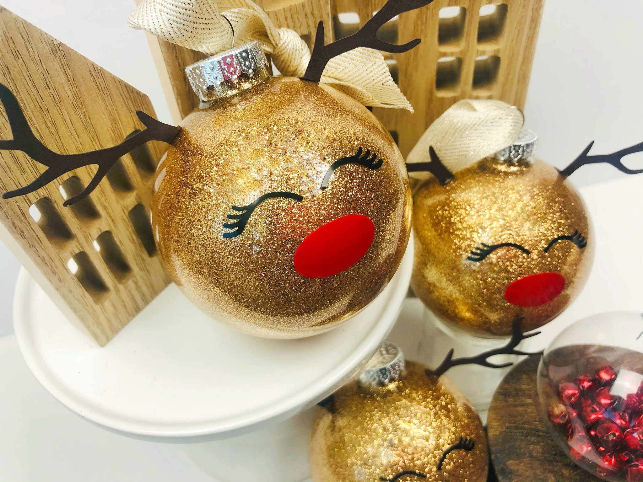 DIY-Christmas-decoration.-2 70+ Impressive Christmas Decorations to Do Yourself in 2021