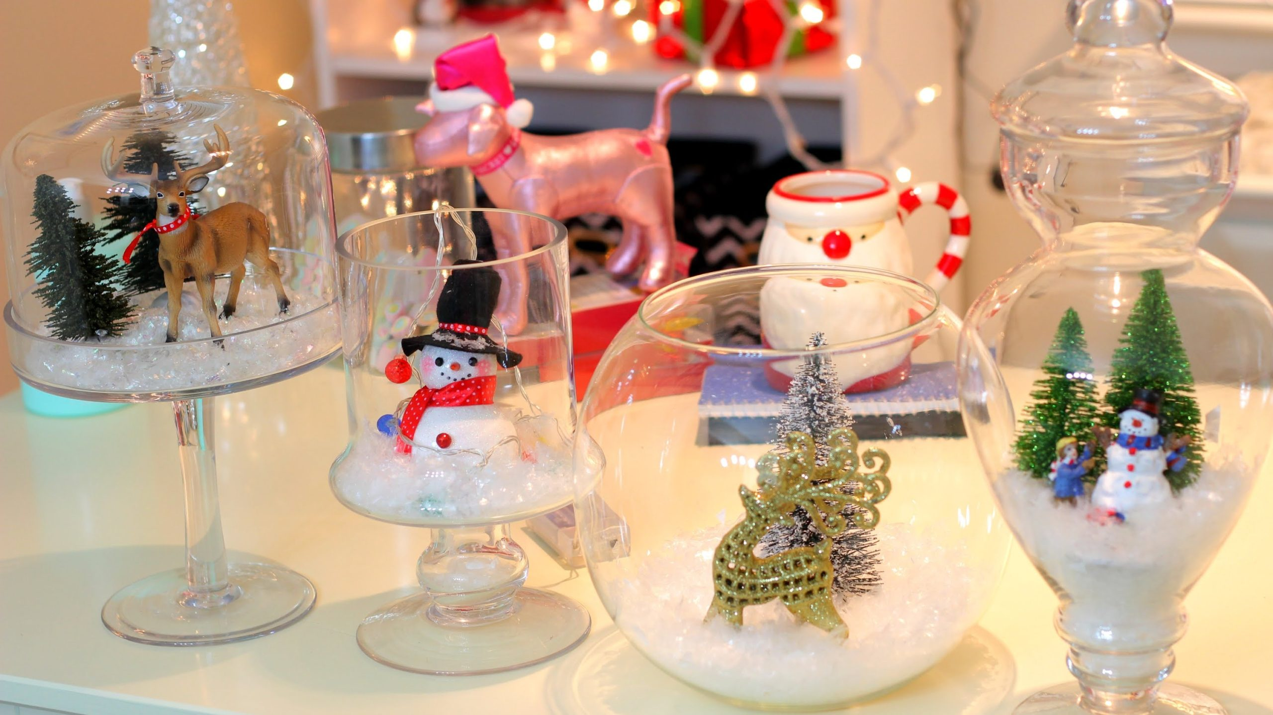 DIY-Christmas-living-room-decorations-1-scaled 70+ Impressive Christmas Decorations to Do Yourself in 2021