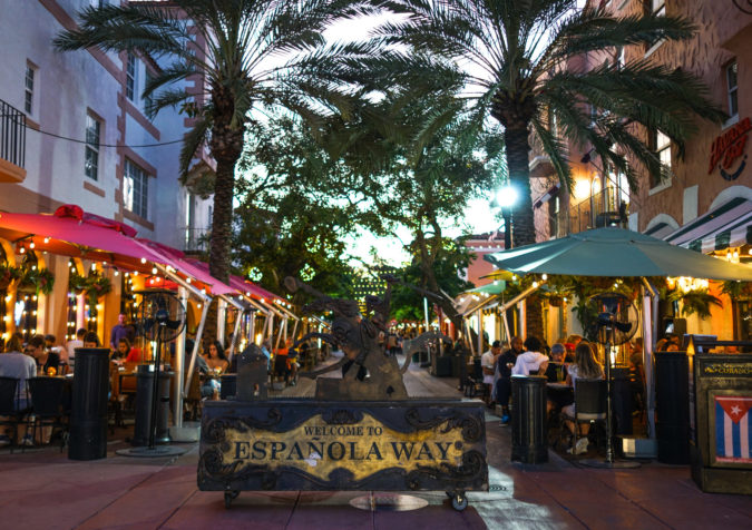 Espanola-Way-miami-675x476 4 Things You Have to Do on South Beach