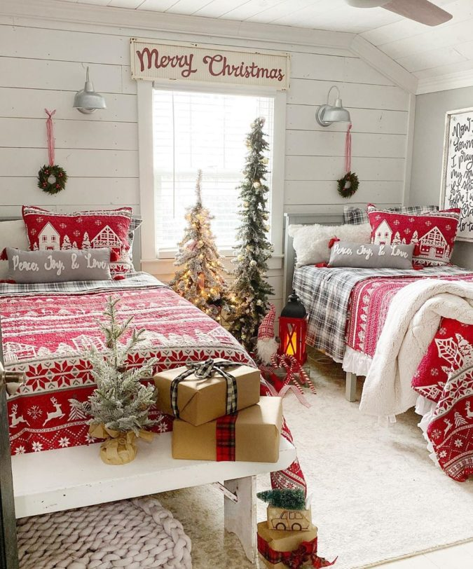 Guest-Room-3-675x812 50+ Guest Room Christmas Decorations – Can You Make It Before Christmas Arriving?