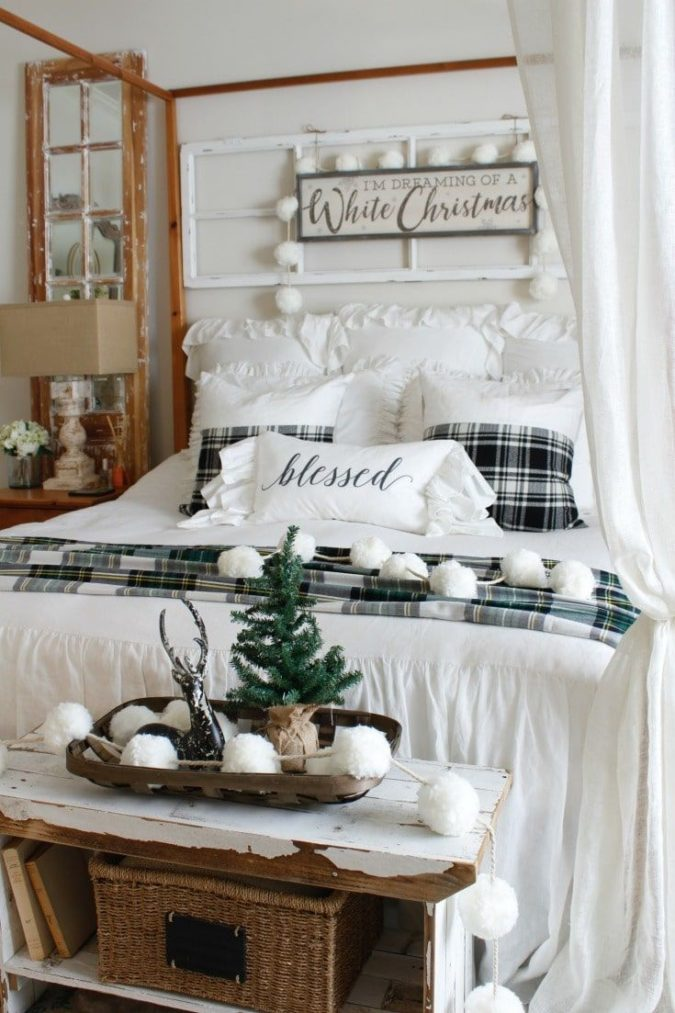 Guest-Room.-1-675x1013 50+ Guest Room Christmas Decorations – Can You Make It Before Christmas Arriving?