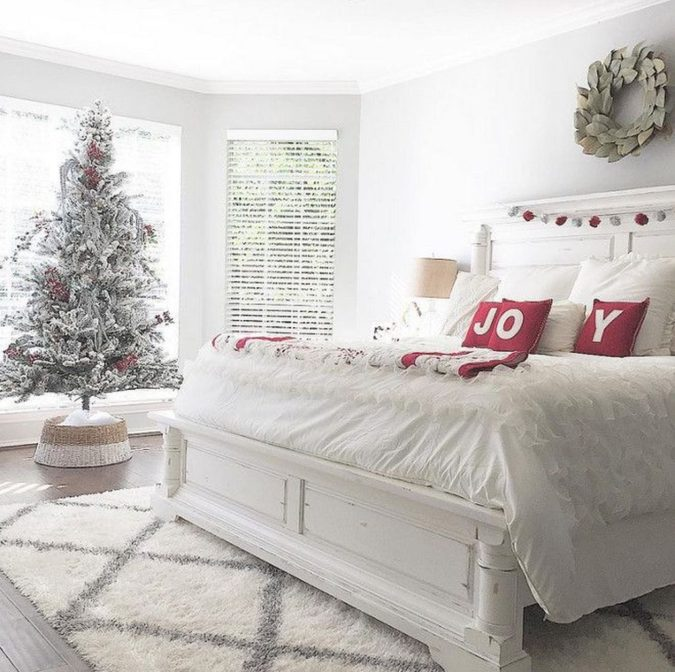 Guest-Room.-2-675x672 50+ Guest Room Christmas Decorations – Can You Make It Before Christmas Arriving?